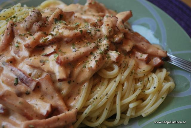 Spagetti med kasslersås