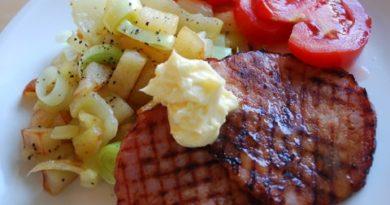 Grillad kassler med grönsakspytt & aromsmör Nadjaskitchen