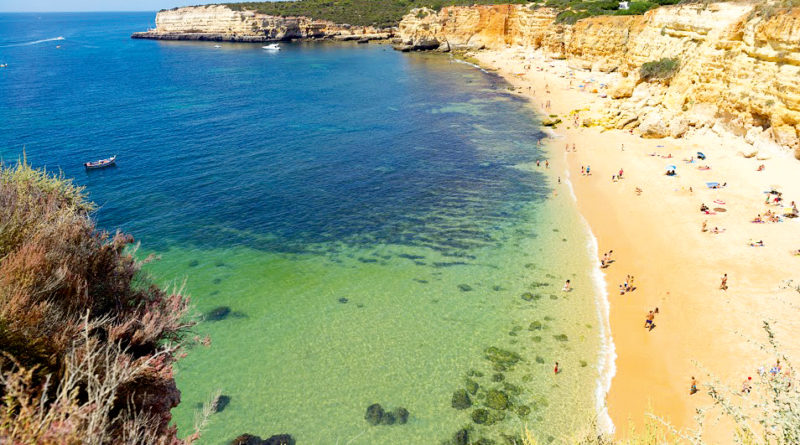 solig strand i portugal