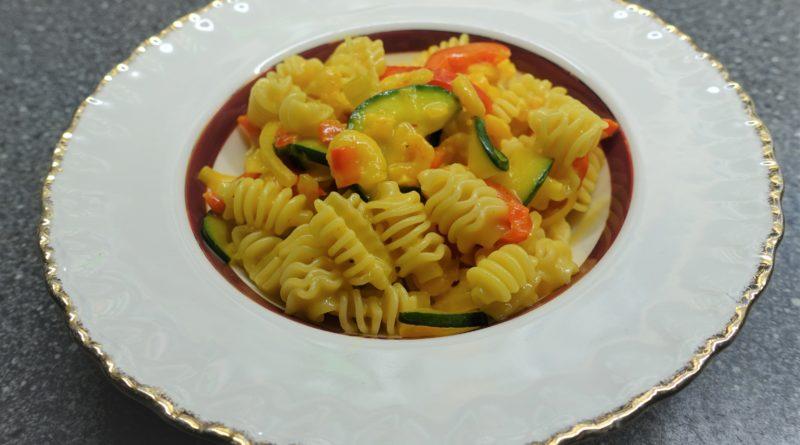 Räkor med grönsaker och saffranssås