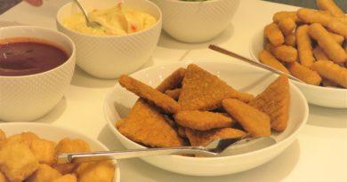 Kycklingsnacks med enkla dippsåser
