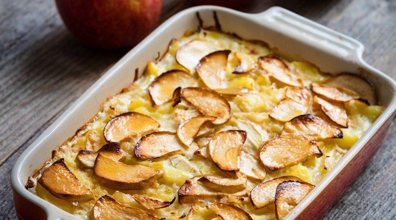 Kål- och potatispudding med äpple