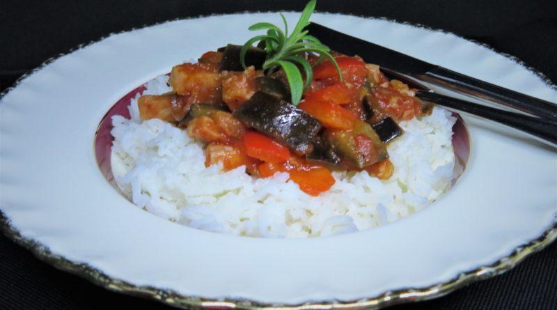 Kasslergryta med aubergine och tomat
