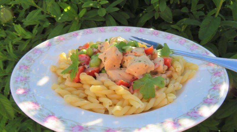 Kyckling med tomat och sojabönor